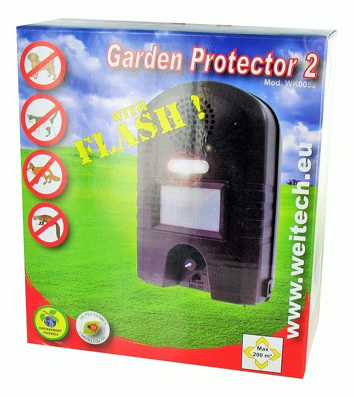 Cats Dogs Ultrasonic Garden Protector With Flash Cats