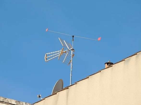 Bird Repeller for TV Aerials